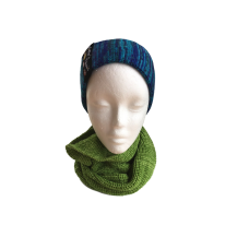 Pure Merino Wool Green Cowl Scarf