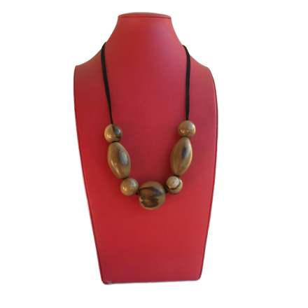 Tasmanian Blackheart Sassafras Necklace