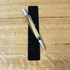 Tasmanian Blackheart Sassafras Pen